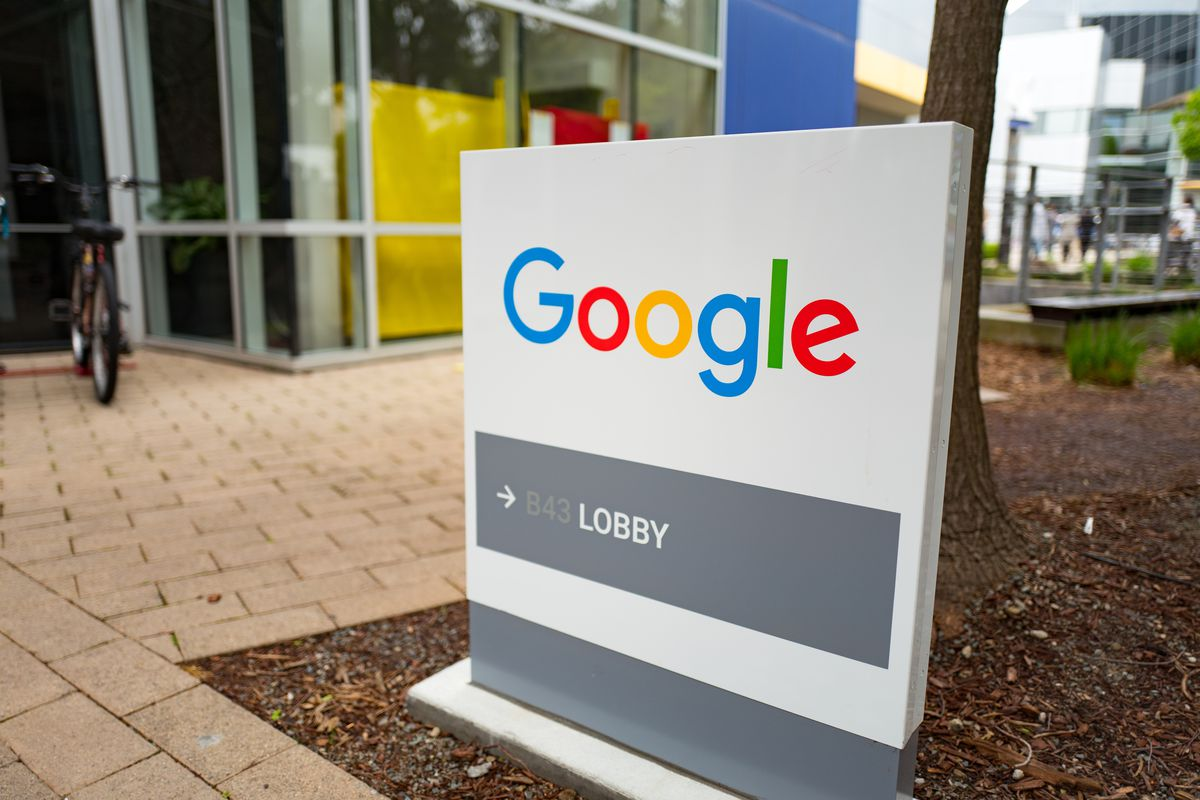 Google's top lawyer allegedly had affairs with multiple