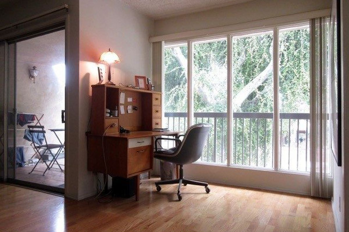 What 1600 Can Rent You In Los Angeles Right Now Curbed La
