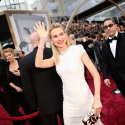 Naomi Watts looking clean and classic in Calvin Klein Collection.