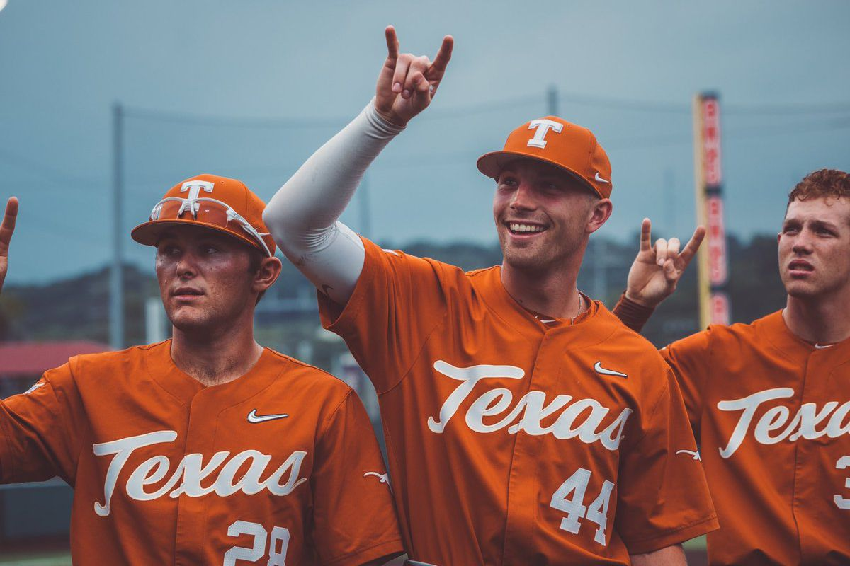 Texas State buries Texas on 7-6 walk-off victory