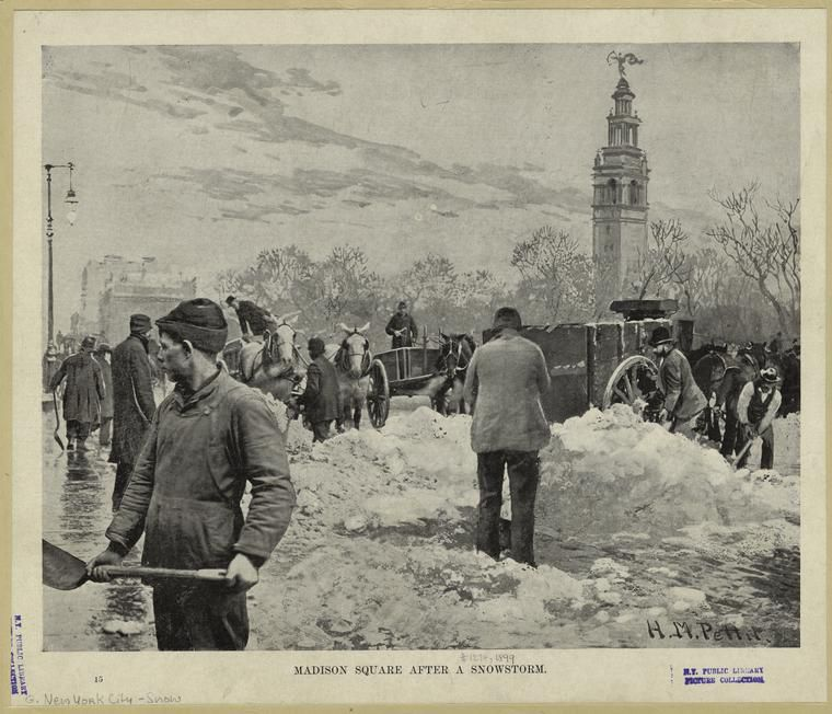 Vintage Photos From 140 Years Of NYC Snowstorms