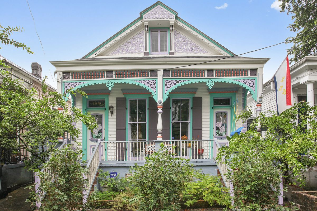 This Victorian Shotgun With A Guest Apartment For 475k