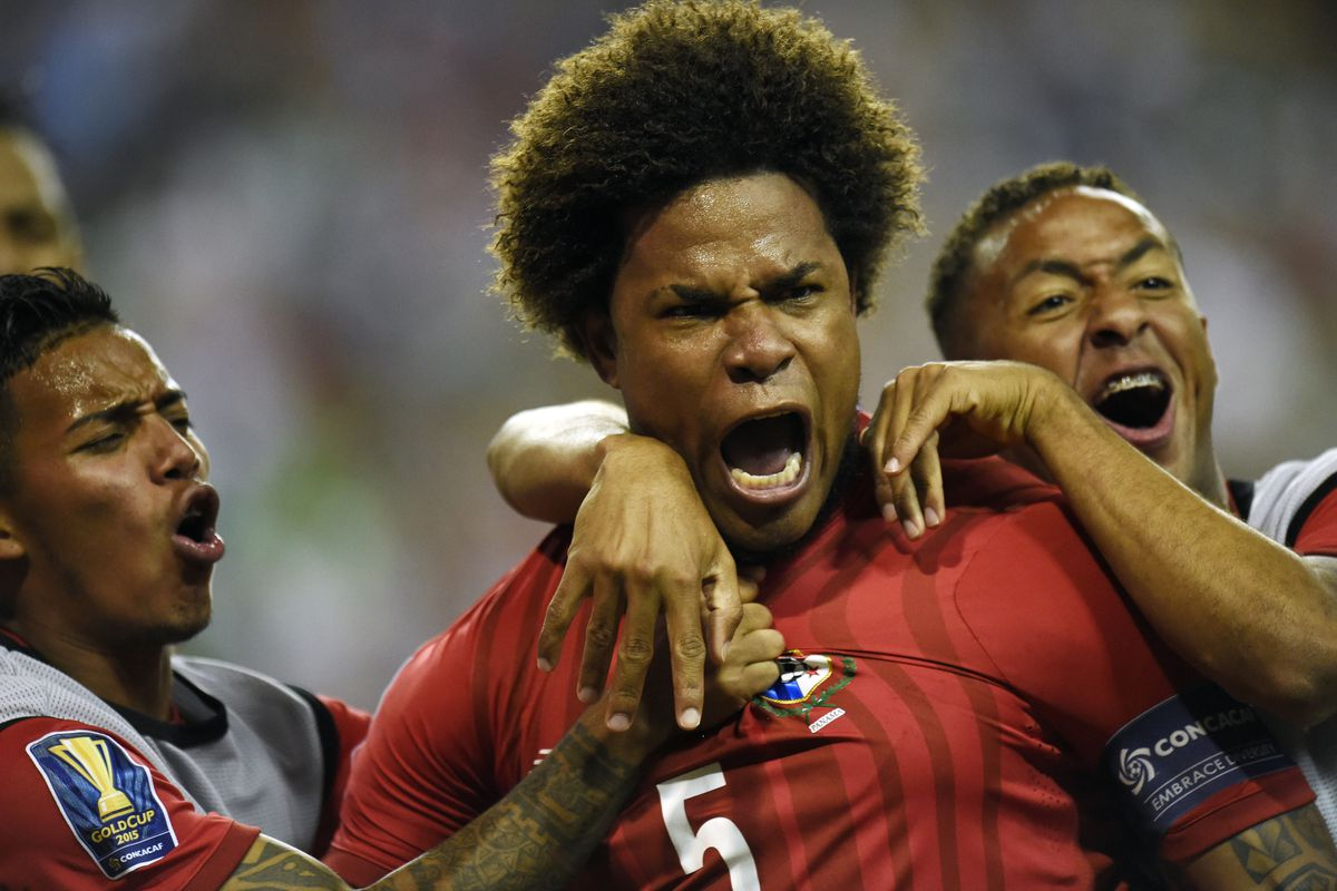 Panama defender Roman Torres (5) celebrates after scoring a goal against Mexico in the second half during the CONCACAF Gold Cup semifinal match at Georgia Dome
