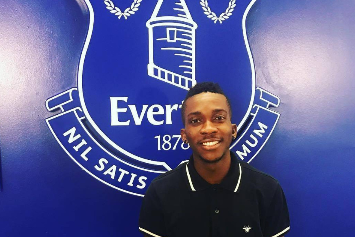 Everton signing set to be confirmed, player pictured at Goodison
