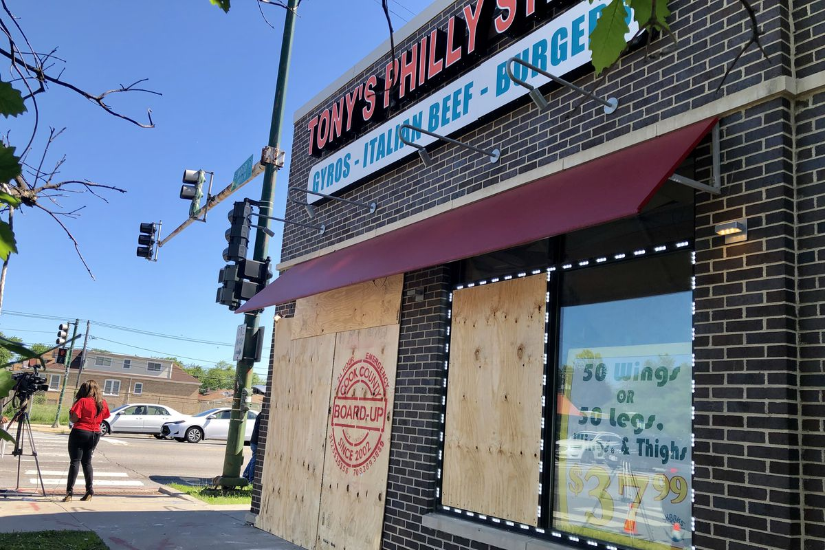 Exterior of Tony's Philly Steak in Gresham after crash by off-duty Chicago police officer.
