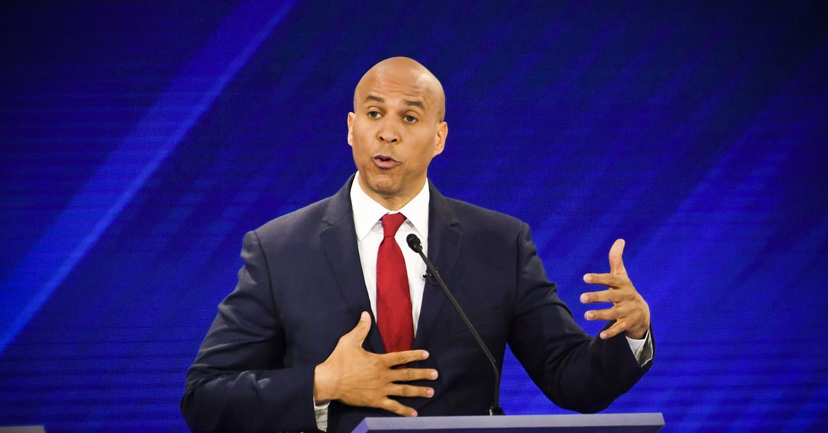 Cory Booker was asked about veganism at the debate. He missed an opportunity.