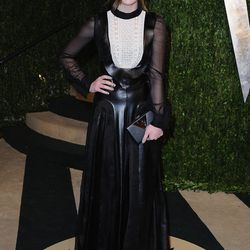 Hailee Steinfeld's Valentino might be a little too mature for her, no?