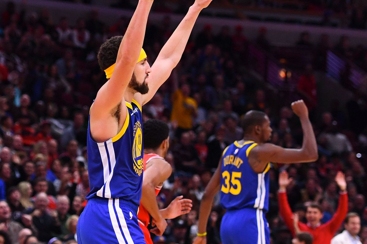 "94cc85202e2 ""Nights like these make me appreciate the squad"" - Klay Thompson isn t  going anywhere"