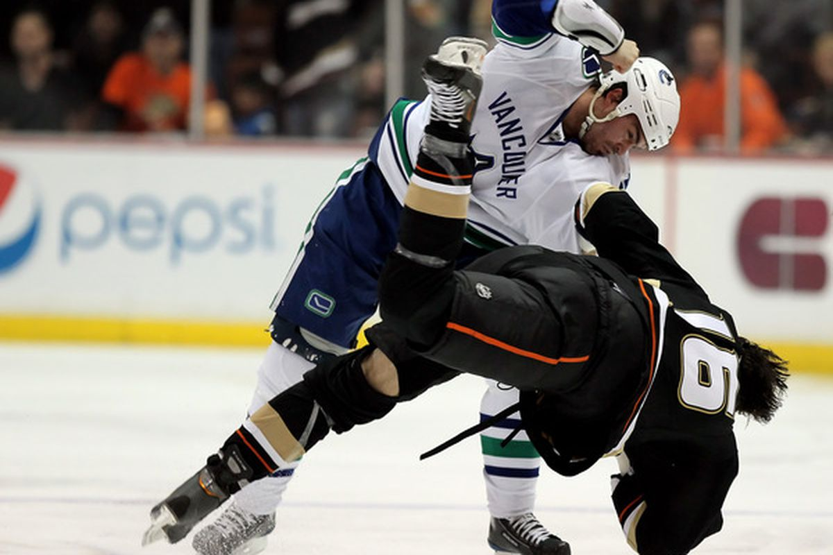 Yeah, we bag on Hordichuk a lot, but this pick of Hordichuk Norris beating on George Parros is cool.