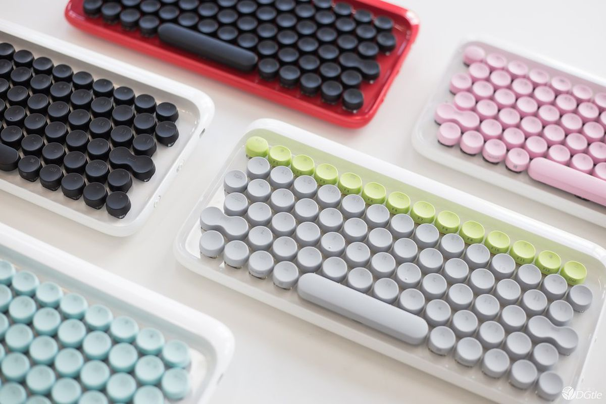 new retro style keyboard clacks like a real typewriter curbed