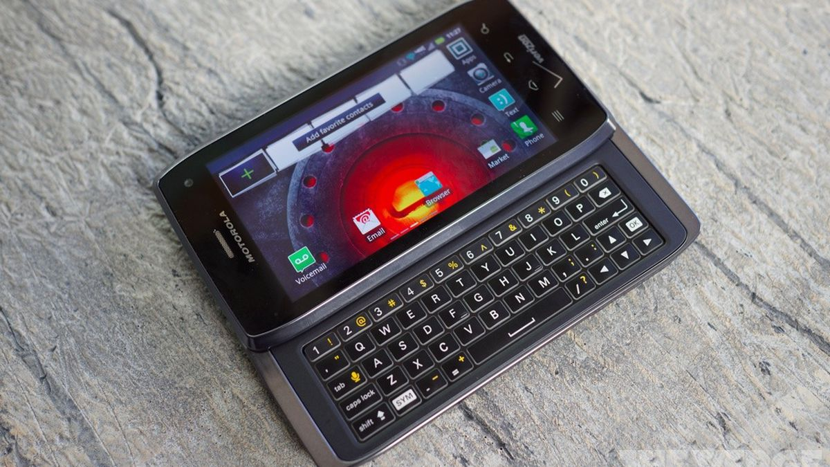 Motorola Droid 4 review - The Verge