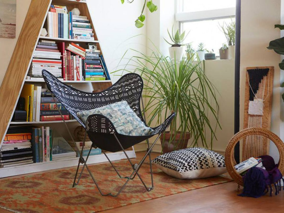 Butterfly chairs making lounging easy and standing difficult since whenever they were invented image via urb