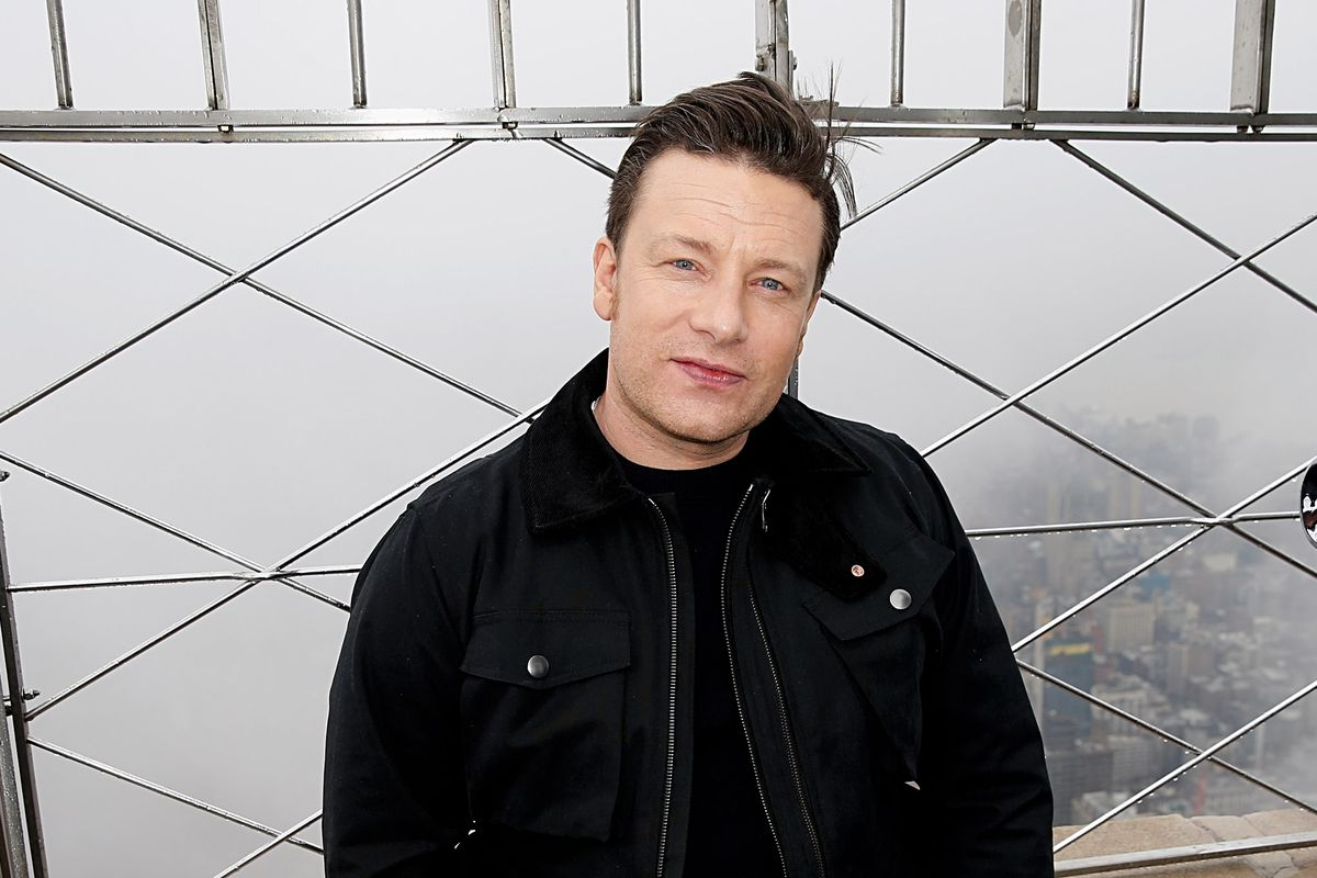 Celebrity Chef Jamie Oliver Visits The Empire State Building