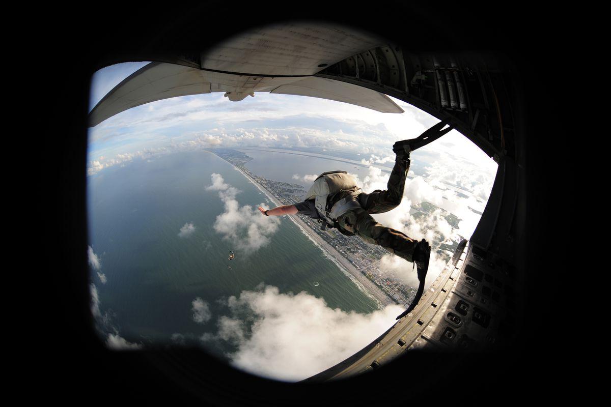 Pararescuemen demonstrate their skills during Air Force Week