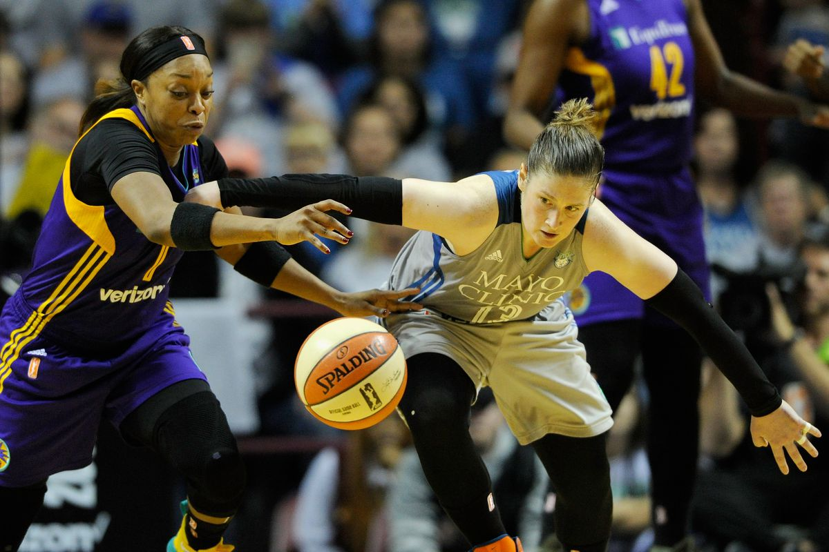 Sparks Hand Lynx 1st First Round Playoff Loss Since 2004 Sbnationcom