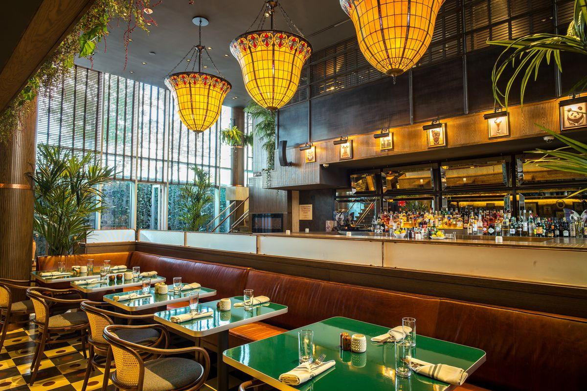Fancy Restaurant Background mccarren hotel swaps in a thai fine dining restaurant in the fall