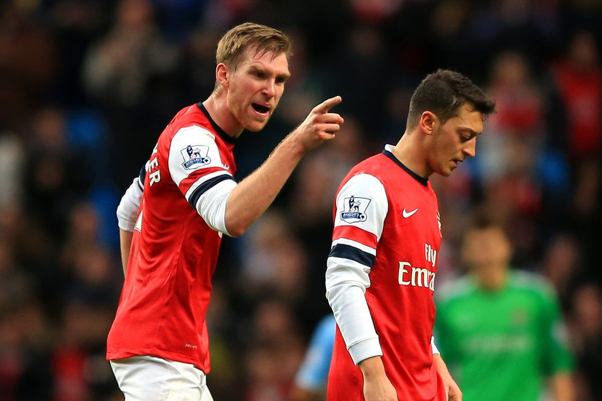 LIverpool have Suarez but Arsenal have a GIANT, be afraid!