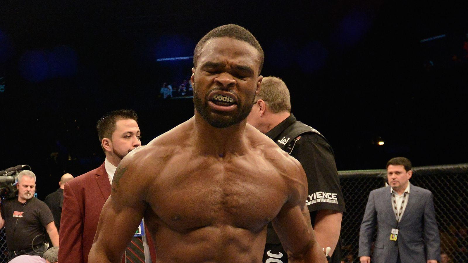 Woodley Calls Out Canelo: 'If I Land, He's Going Down'