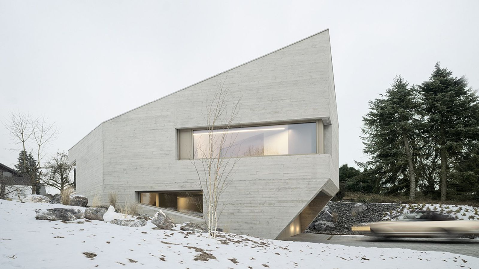 Angular Concrete House In Germany Mimics A Crystal Curbed