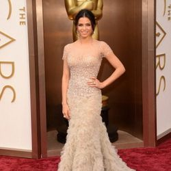 Jenna Dewan in a feathery nude number by Reem Acra.