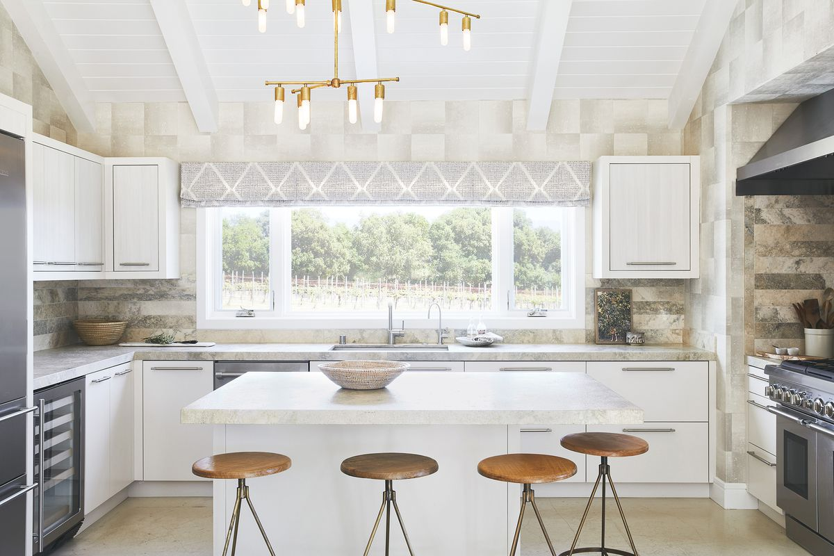 An All White Island Anchors The Kitchen Of This California Wine Country Dream Home