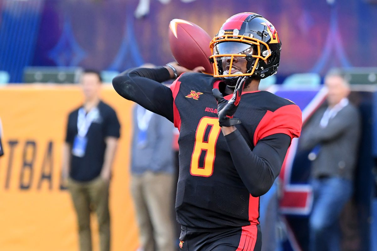 Quarterback Josh Johnson #8 of the LA Wildcats sets to pass during the XFL game against the DC Defenders at Dignity Health Sports Park on February 23, 2020 in Carson, California.
