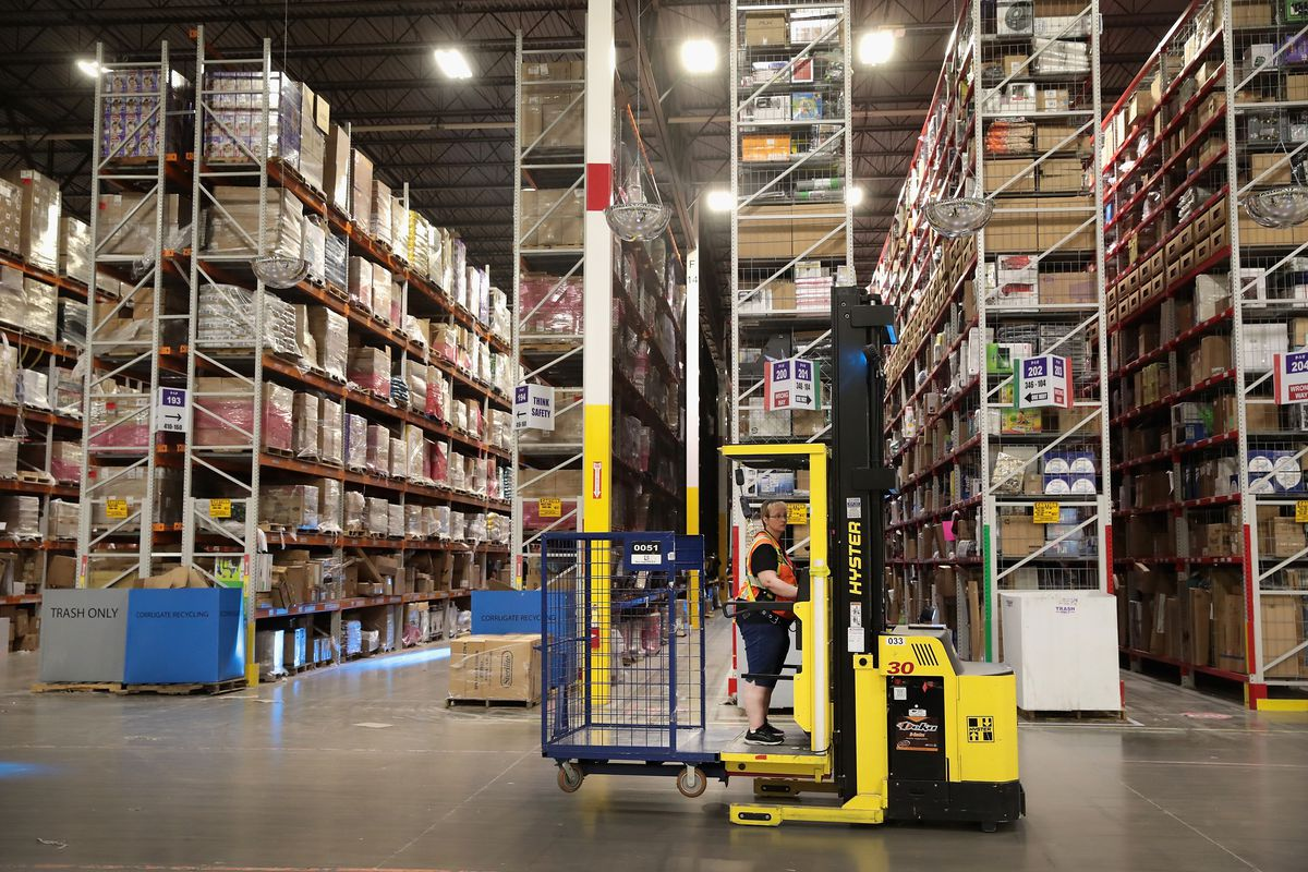 Black Friday and Amazon's warehouses: 9 facts about the company's