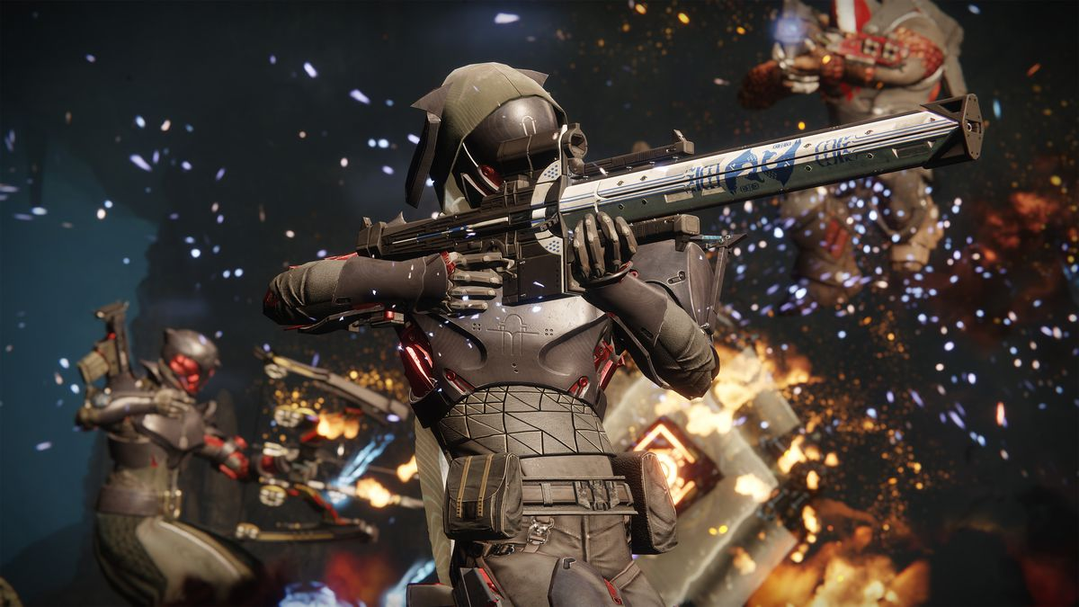 Destiny 2: Black Armory - a Hunter aiming Izanagi's Burden