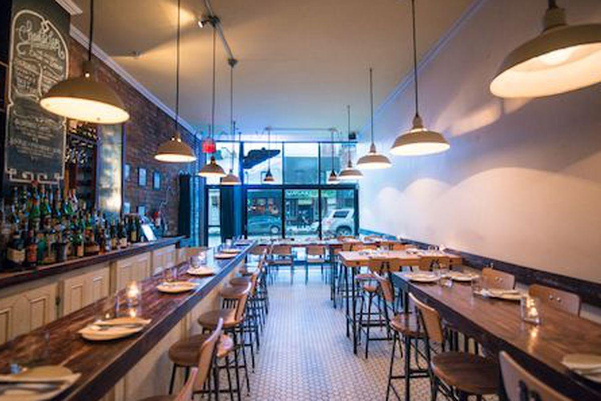 Restaurant Chantecler, Toronto.