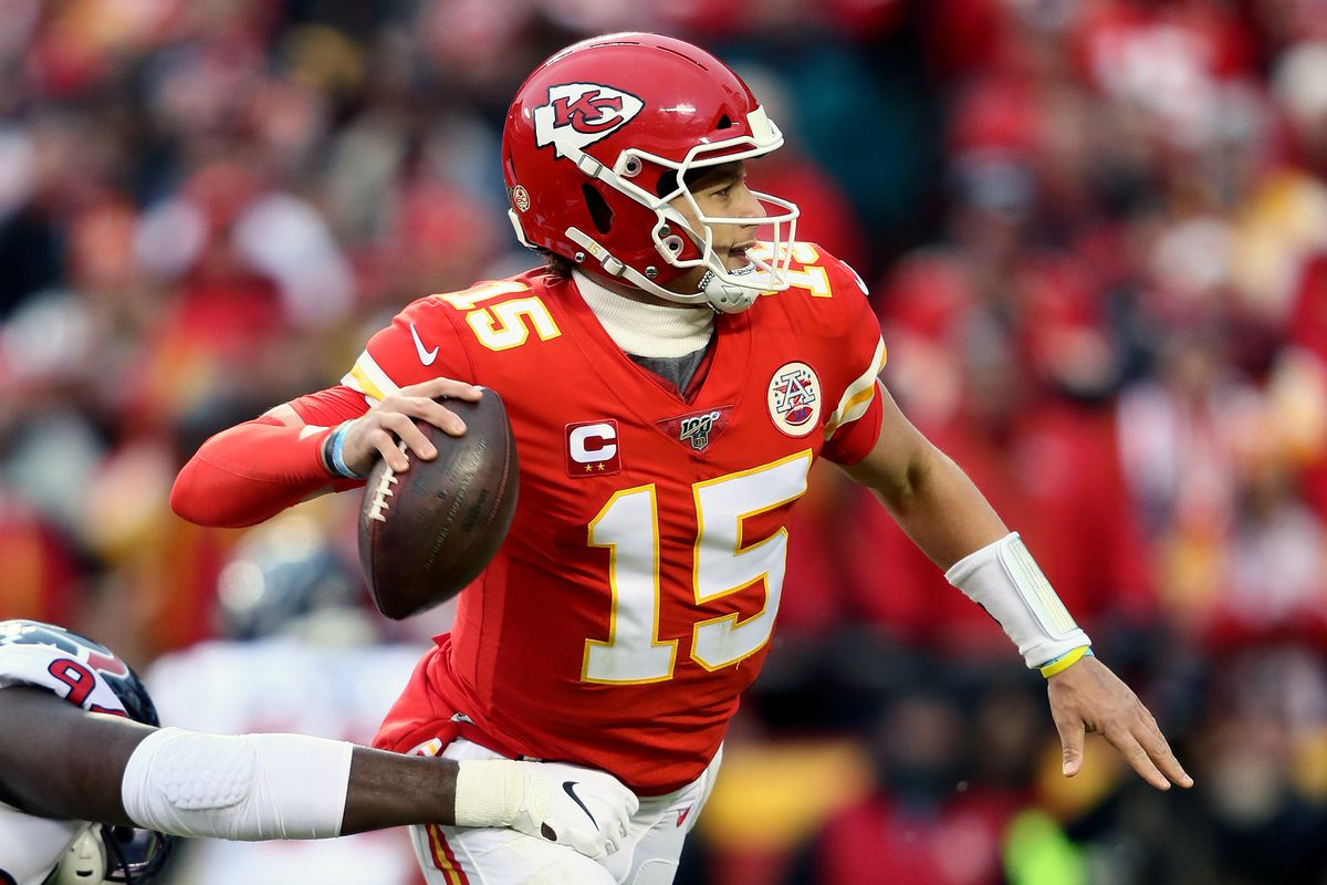 Patrick Mahomes #15 of the Kansas City Chiefs passes the ball against the Houston Texans during the second quarter in the AFC Divisional playoff game at Arrowhead Stadium on January 12, 2020 in Kansas City, Missouri.