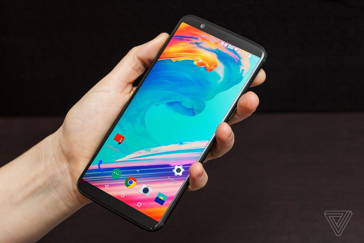 OnePlus 5, 5T update brings new gestures, message categorization