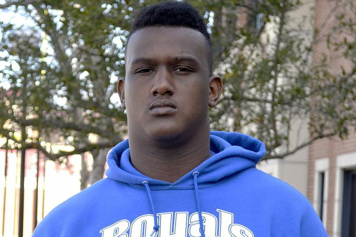 3-star OT Tre Johnson gives Miami their first OL commit in the 2016 class
