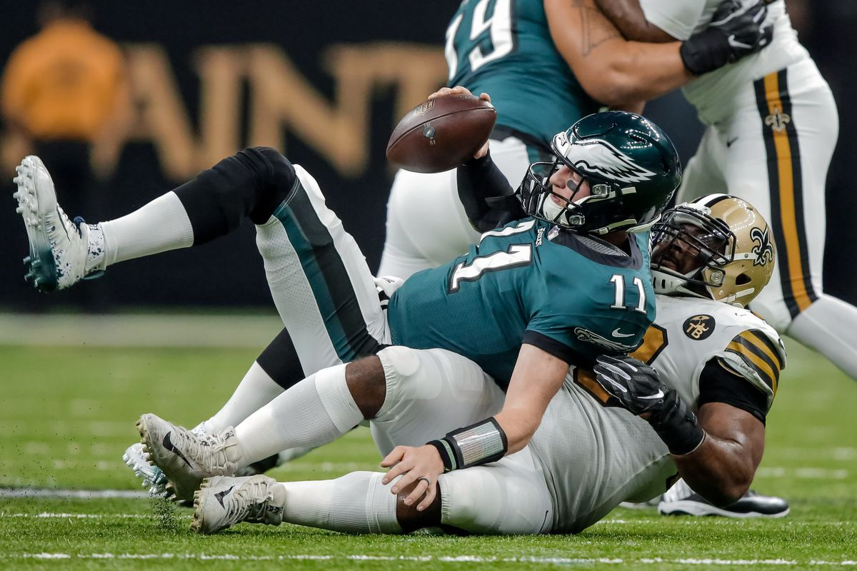 97648dad64a Eagles News: Carson Wentz hits a low point - Bleeding Green Nation