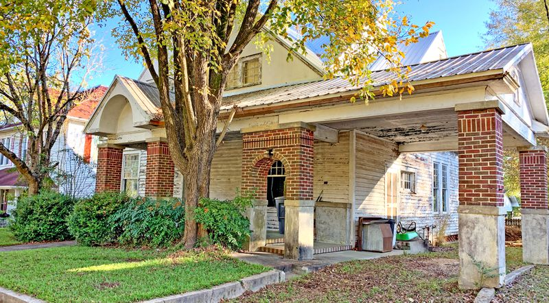 Save This Old House, Water Valley, MS, driveway, July/Aug 2020