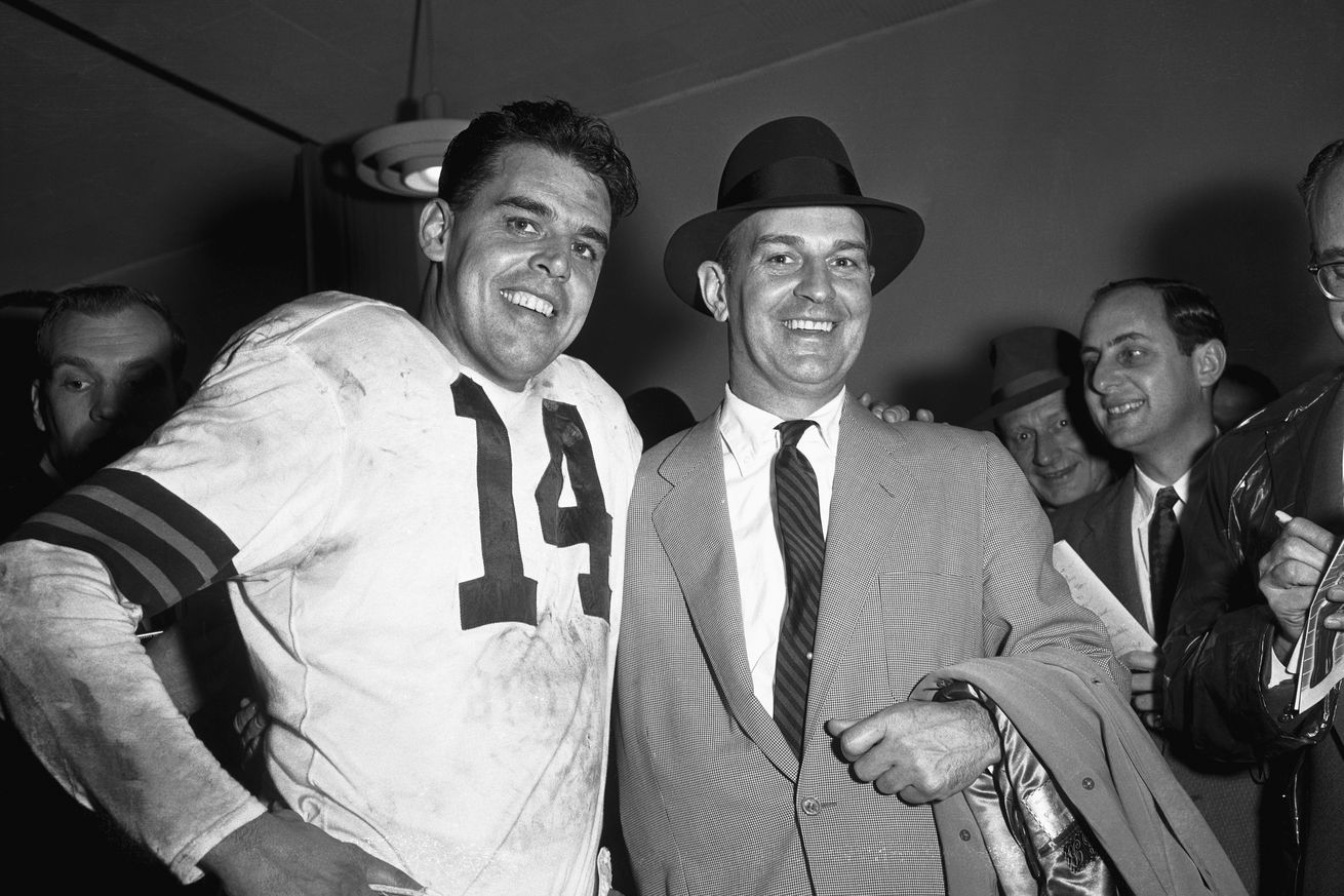 NFL.com picks Otto Graham as 5th best QB of all-time
