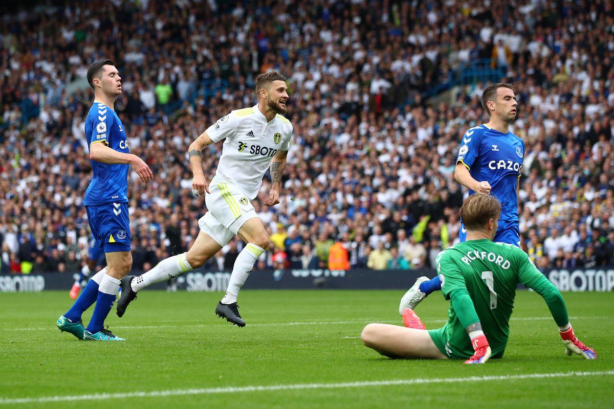 Leeds United v Everton - Premier League