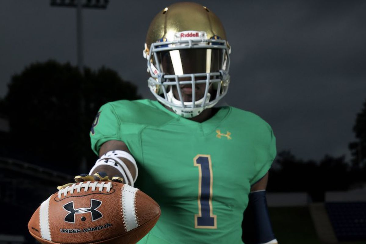 Notre Dame s nearly 100-year history of wearing green alternate jerseys c8151758d