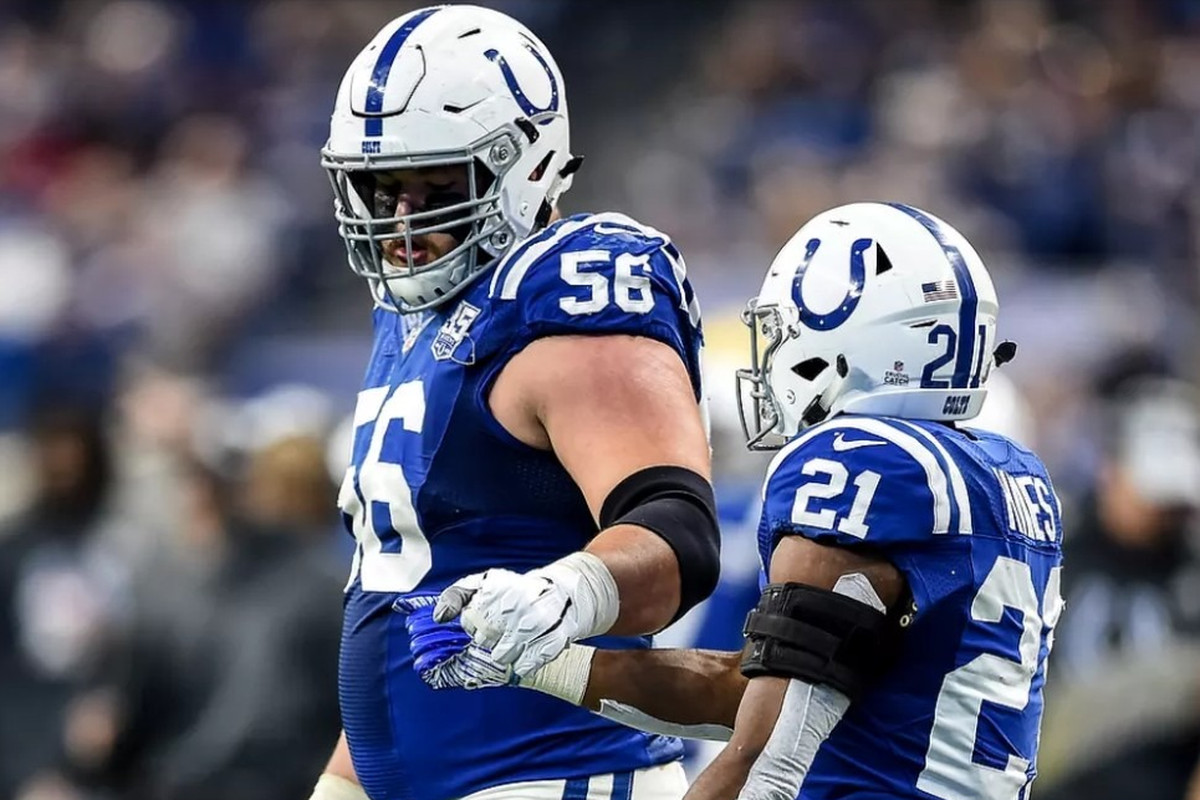 quality design 381e5 7b621 Colts Rookie Quenton Nelson becomes first guard ever to win ...