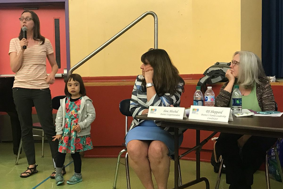 A parent spoke in favor of integration plans for Upper West Side and Harlem middle schools at a Tuesday Community Education Council meeting.