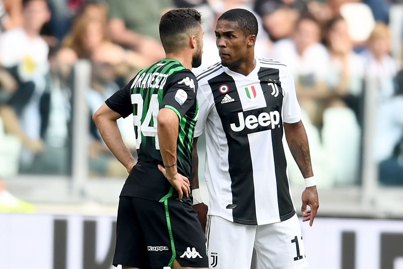 Douglas Costa suspended four games for Sassuolo incident