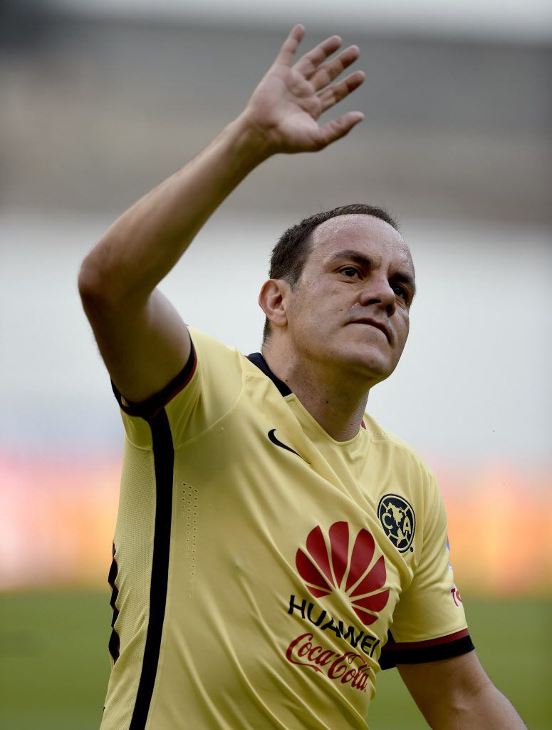 Cuauhtemoc Blanco waves to fans at the Azteca stadium in Mexico City on March 5. AFP / Getty Images