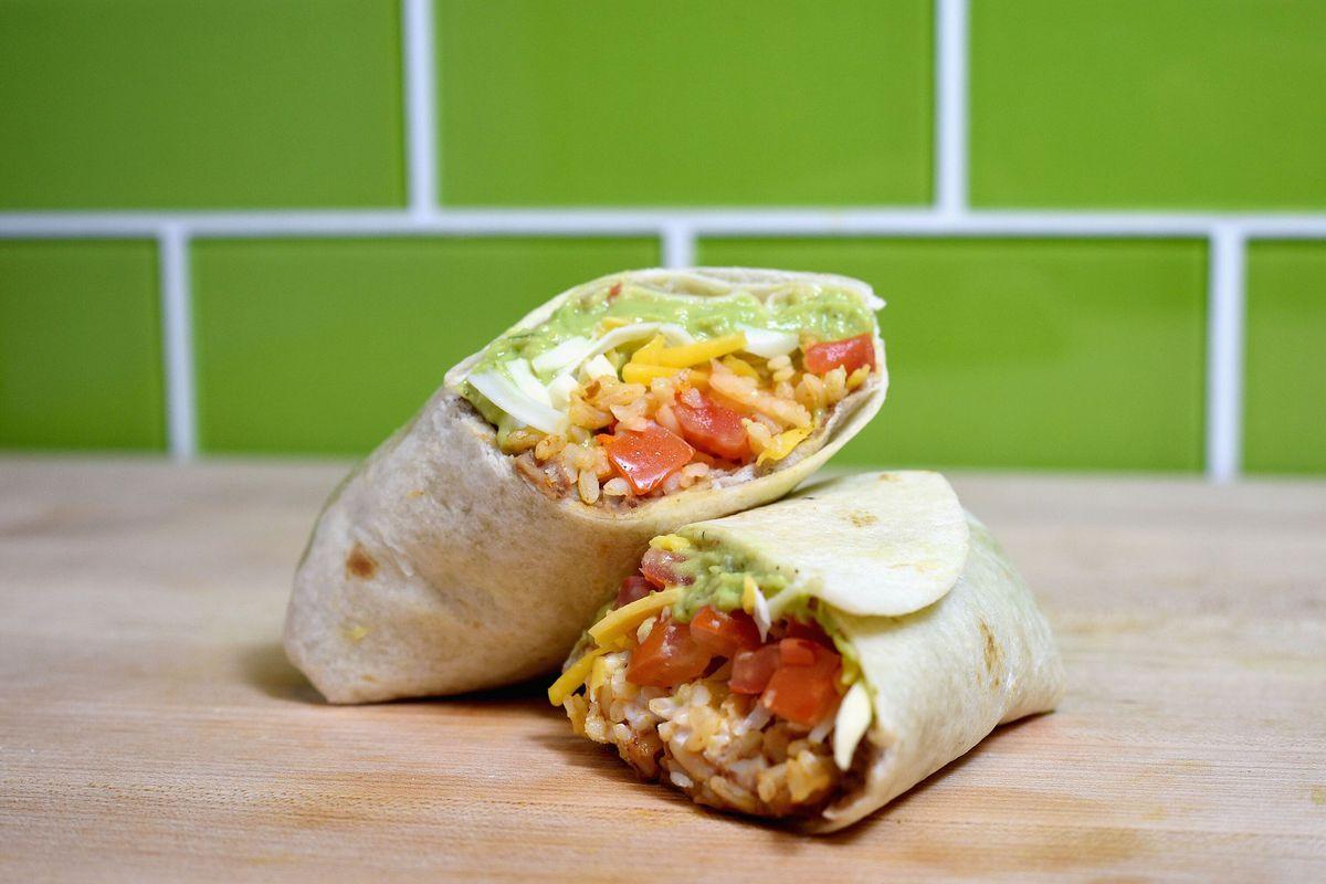taco bell 7-layer burrito