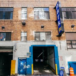 """Chelsea is a haven for all things vintage and thrifted, and <a href=""""http://www.hellskitchenfleamarket.com/home/?page_id=74"""">The Garage</a> (112 West 25th Street) is its capital. Instead of trying to hit every secondhand store in the 'hood, take a stroll"""