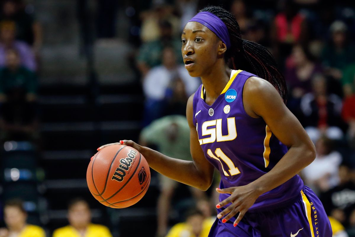 Raigyne Moncrief's clutch jumper saved the day for LSU.
