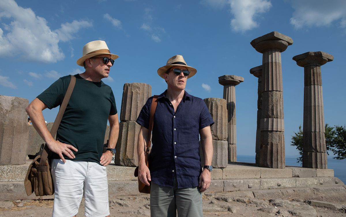 Steve Coogan and Rob Brydon in front of temple ruins in The Trip to Greece