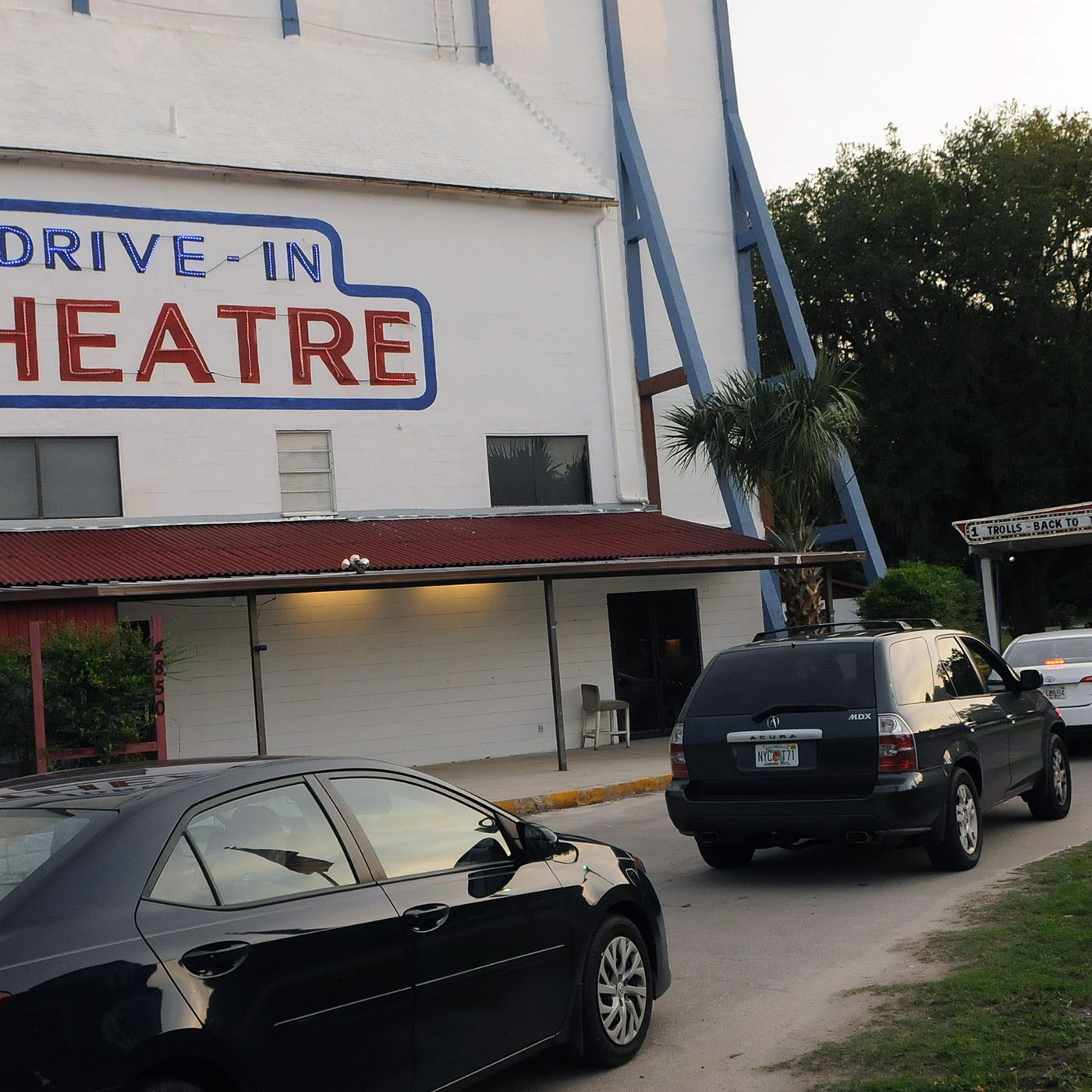 Tribeca partners with AT&T and IMAX to launch summer movie drive-in series  - The Verge