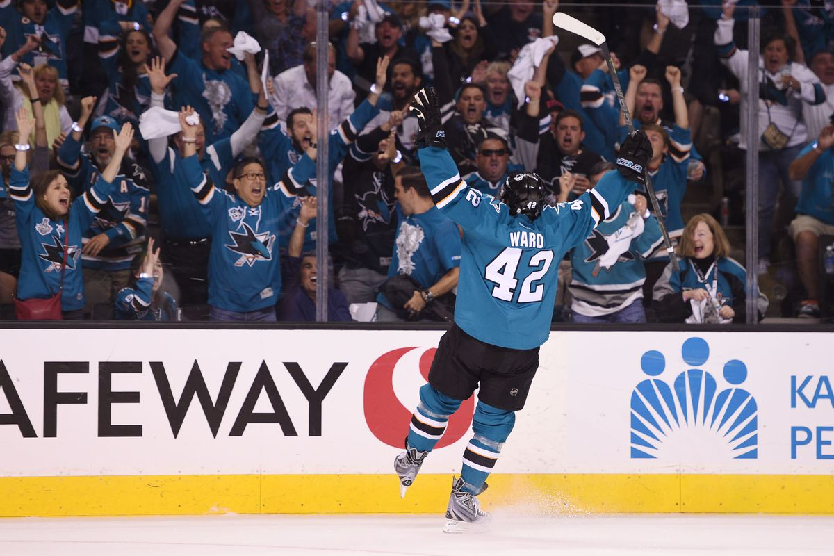Sharks Thump Ducks In 1 Of Playoff Opening