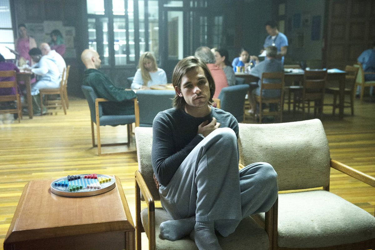 Quentin (Jason Ralph) comes to believe he's a patient in a mental hospital on The Magicians.