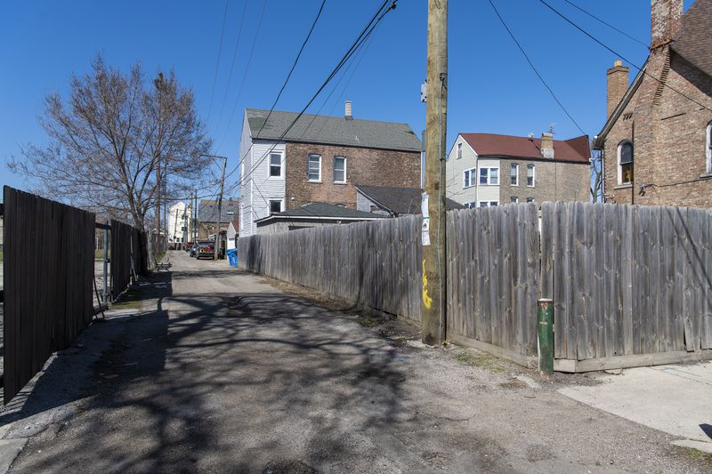 The approximate location where Chicago police killed 13-year-old Adam Toledo, in an alley way near 24th and Sawyer.