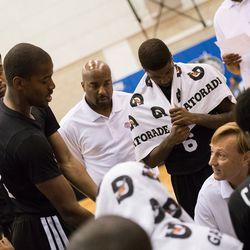 Kim English argues with coach Maz Trakh